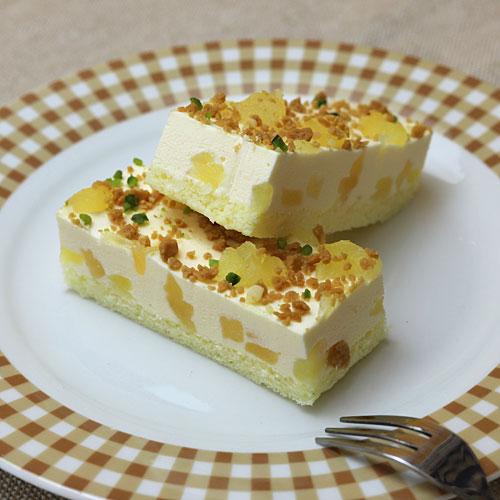 フリーカットケーキ りんごのレアチーズ