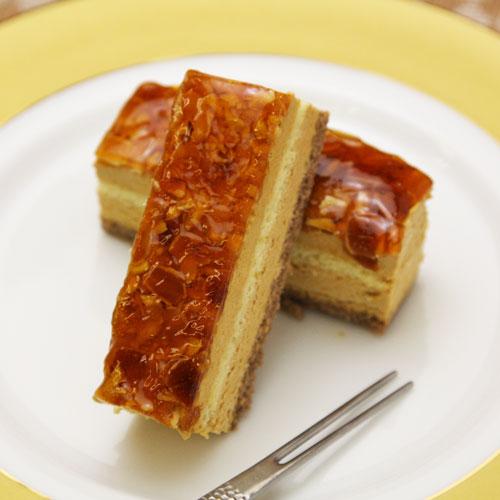 フリーカットケーキアマンドキャラメル